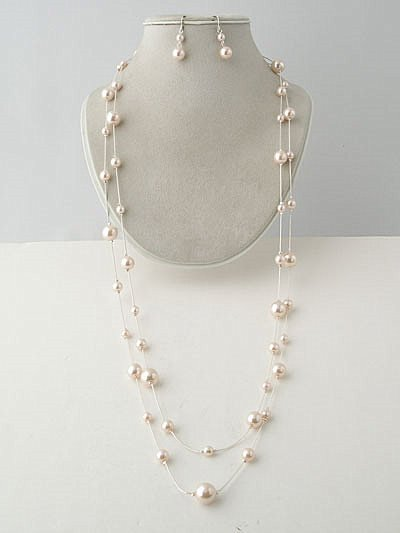 CHARLES WINSTON STYLE PEARL NECKLACE WITH EARRINGS