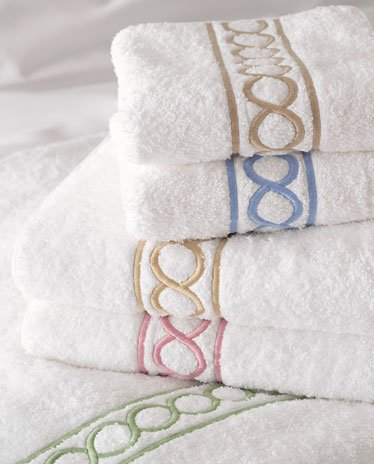 100%Egyptian cotton Towel set with Circle chains embroidery