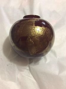 """EXCELLENT CONDITION Signed Donald Carlson Ruby Red Art Vase w/ Gold Leaf - 6.5"""""""