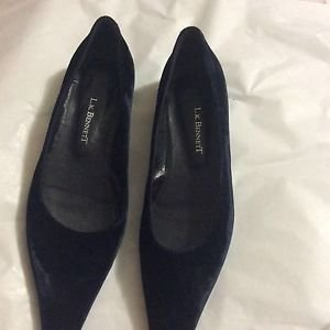 EXCELLENT CONDITION L.K. Bennett Midnight Blue Velvet Flats - EU 38/US 7.5