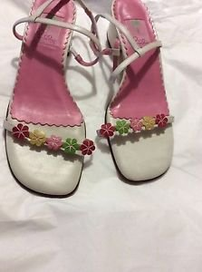 VERY GOOD CONDITION Lilly Pulitzer Flower Strappy Sandals - 10
