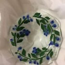 EXCELLENT CONDITION Sydenstricker Blueberries Fused Art Glass Bowl - 6""
