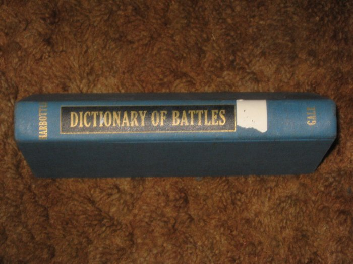 Dictionary of Battles Thomas Harbottle 1966 Edition HC Book