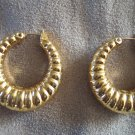 Vintage Goldtone Pierced Hoop EARRINGS Costume Jewelry 13ear