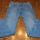 Vintage LUCKY BRAND DUNGAREES WOMEN'S JEANS by Gene Montesano Size 2 Long 001p-72 Pants loc13
