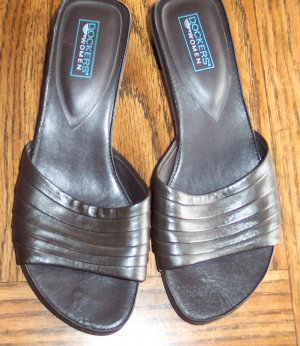 Casual Dark Chocolate Brown DOCKERS Leather SANDALS Slides Shoes Size 7 M locationw1