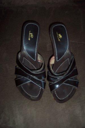 Classic Brown So Wear It Declare It Plaid Trim SANDALS Shoes Size 8 M loc18W