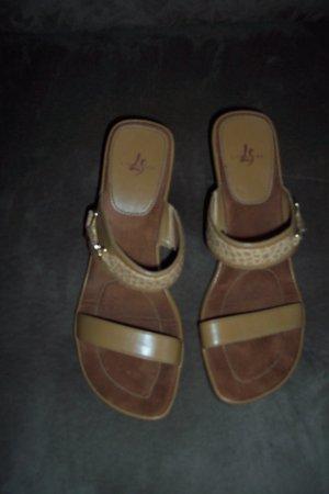 Camel Strappy LifeStride SANDALS Shoes Size 8 W 8W locationw14