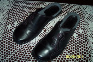 Clarks Clogs Loafers Mules Black Size 8M location6