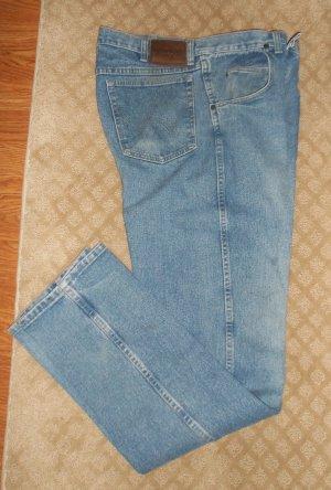 Wrangler Rugged Wear Men's JEANS Waist 34 Inseam 36 001mj-8 location48