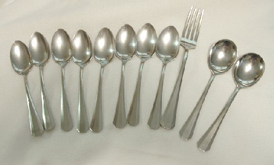 11 Pieces 8 Teaspoons 2 Sugar Spoons 1 Fork Wallace Stainless Flatware WAS11 Free Shipping