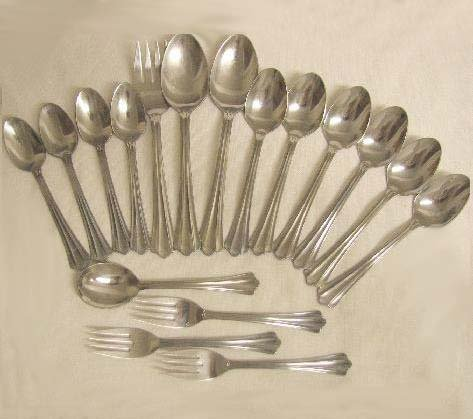 17 Pieces Oneida Community Stainless Flatware Kimbra Free Shipping