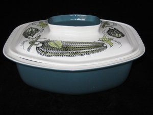 POOLE POTTERY of ENGLAND RETRO LUCULLUS COVERED CASSEROLE DISH
