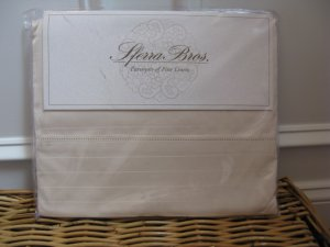 2 Sferra Luxury Hotel Collection Std Pillowcases 500tc