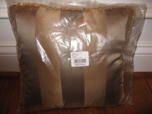 Waterford BRYANNE Small Square Deco Pillow