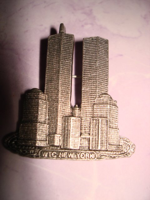 $14.99 Free ship-2 New-WTC_Twin Towers World Trade Center New York Pin Brochet in Silver color 9/11