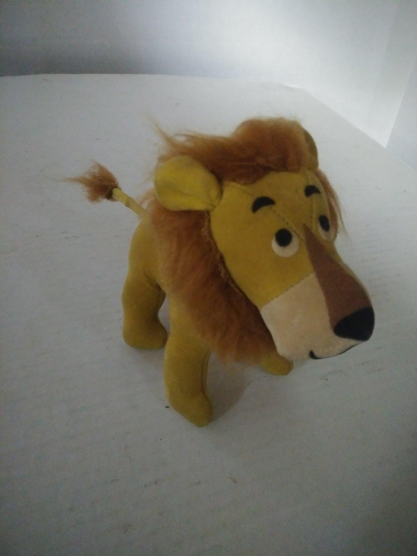 1960's Lion Dakin Dream Pet