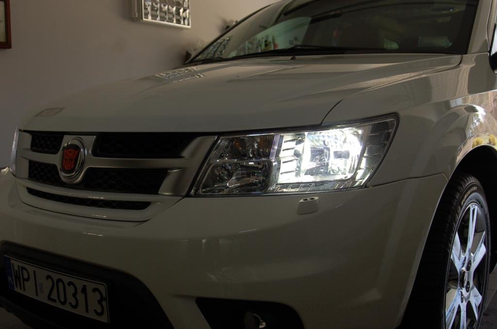 Fiat Freemont Bright White Replacement Head Light Bulbs