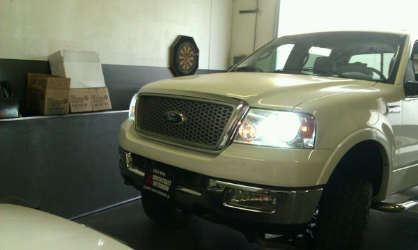 Ford F-150 F150 Xenon HID Simulated Head Lamp Replacement Light Bulbs Set