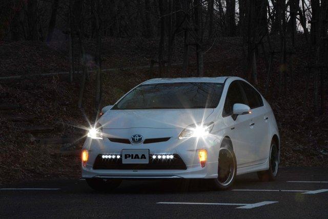 Toyota Prius PIAA LED DRL 6000K Daytime Running Lamp Kit