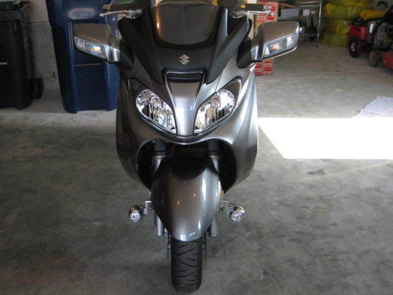 Suzuki Burgman 6000K LED Lamps Lights Kit 125 150 200 250 400 650 (all years)