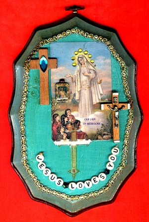 #WALLPLAQUE-16: Hand decorated Jesus Loves You Wall Plaque