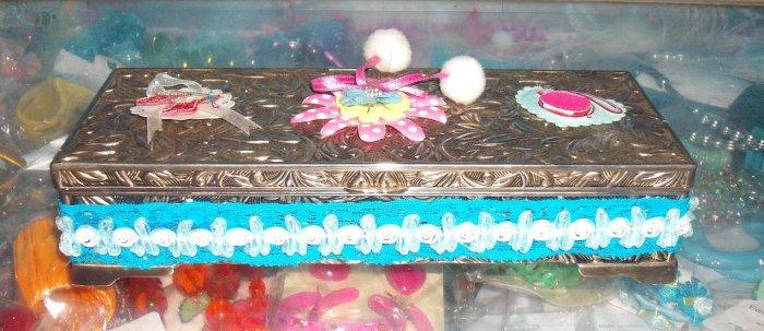 njewelrybox-02: Novelty vintage jewelry box
