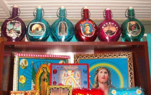 bottleset: Vintage Colored Glass with Images and Adornments Bottle Set
