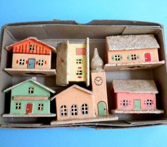 Vintage German Christmas Erzgebirge 1940-50 Miniature Winter Alpine Village For Illuminating