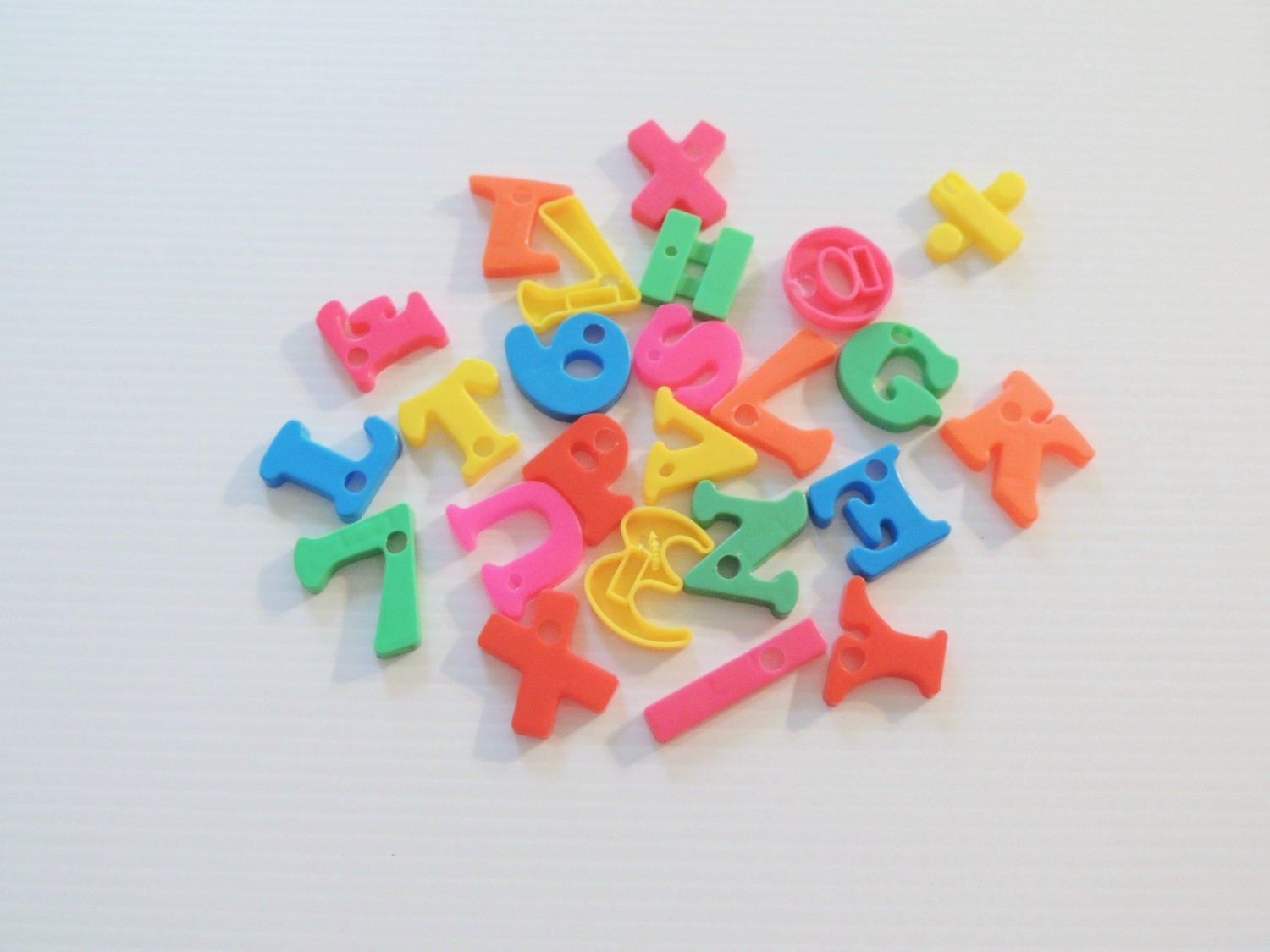 Plastic Numbers & Letters bird toy parts parrot craft