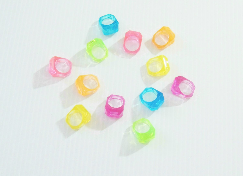 144 Jewel Rings bird toy parts parrots crafts kids lrg