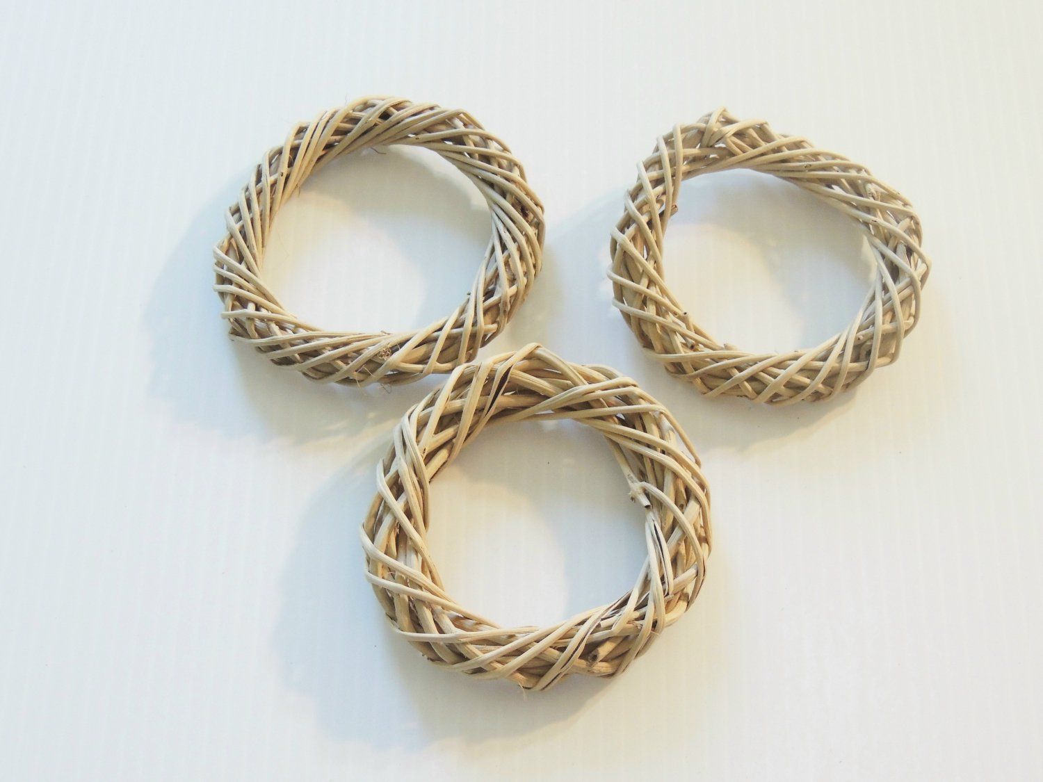 """3 4"""" Twine Rings bird toy parts parrot crafts chins pet"""