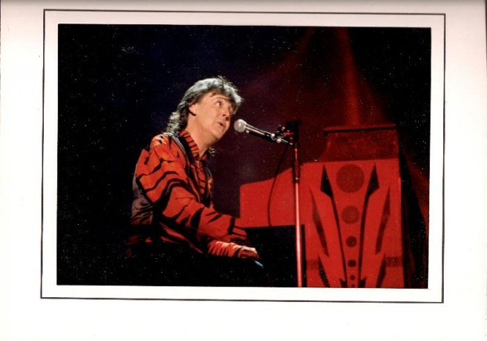 "Paul McCartney 1989 Tour Live Performance Concert Professional Photo ""Fool On The Hill"" Beatles"