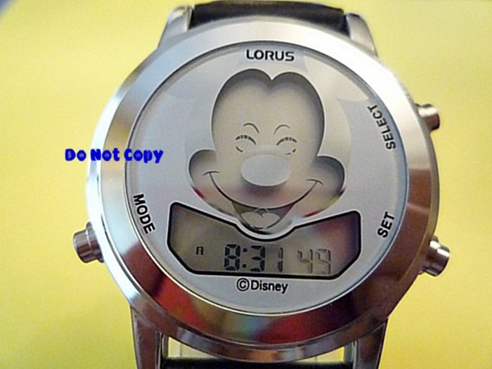 NEW Mens Disney Mickey Mouse Animated Musical Watch