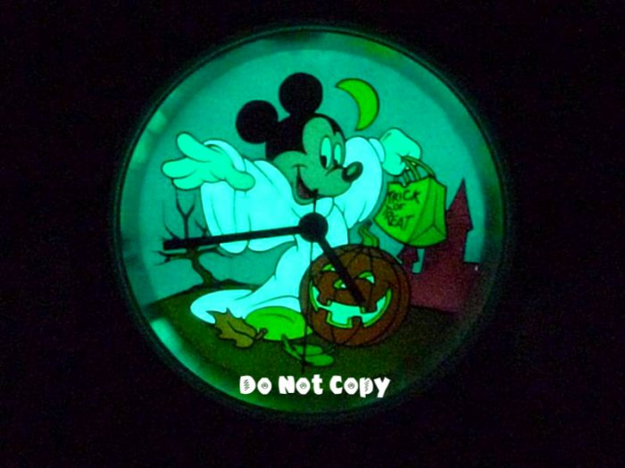 NEW Disney Mickey Mouse Halloween Hunting Ghost Unisex Watch
