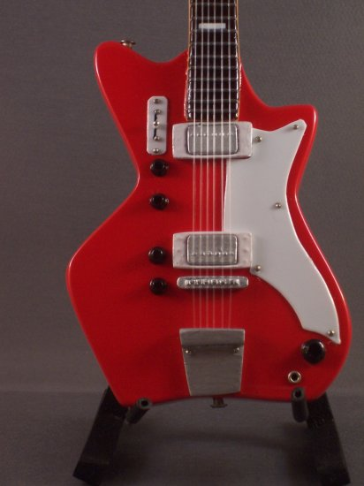 RACONTEURS WHITE STRIPES JACK WHITE Mini Guitar 'RED AIRLINE' Collectible Gift