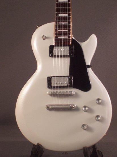 RANDY RHOADS Mini Guitar 'WHITE LES PAUL' Collectible Gift