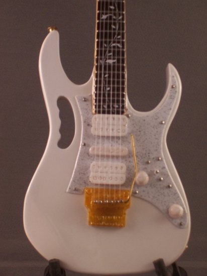 STEVE VAI Mini Famous IBANEZ WHITE Guitar Miniature Collectible Gift