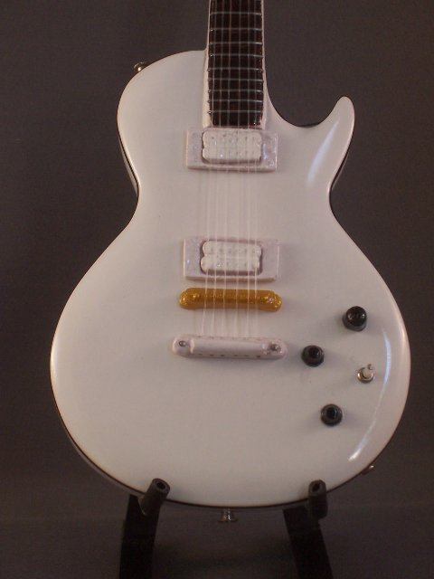 BUCKETHEAD Mini guitar WHITE LES PAUL Collectible Gift