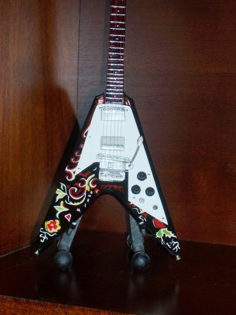 JIMI HENDRIX Mini Guitar FLYING V Memorabilia Collectible Gift