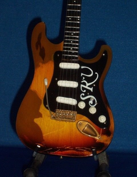 STEVIE RAY VAUGHAN Mini Famous Guitar WORN Version Memorabilia Collectible Gift