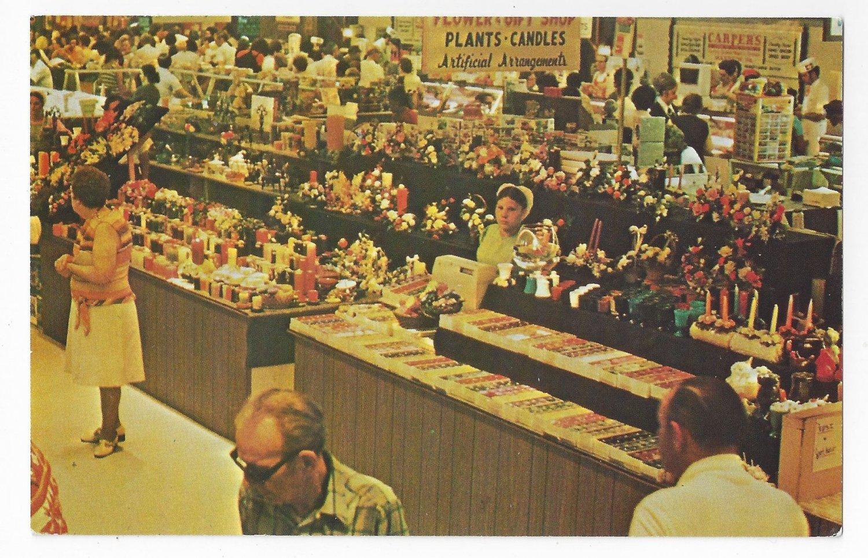 Leola PA Meadowbrook Pennsylvania Dutch Amish Farmers Market Vintage Postcard