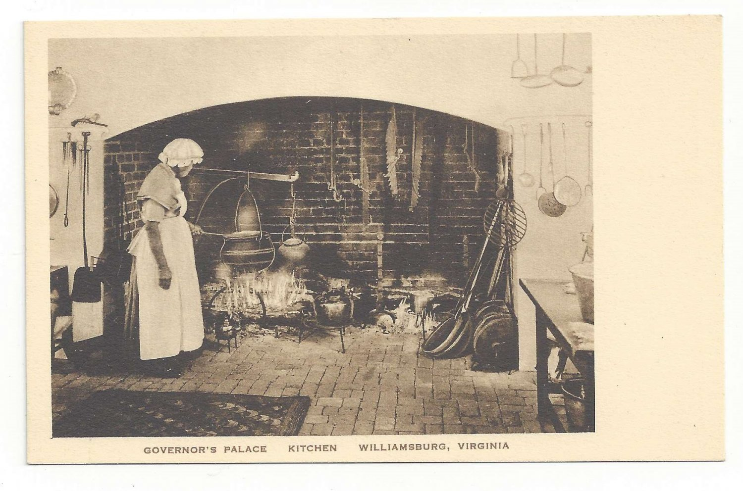 Williamsburg VA Governors Palace Kitchen Aunt Mary Vtg Postcard