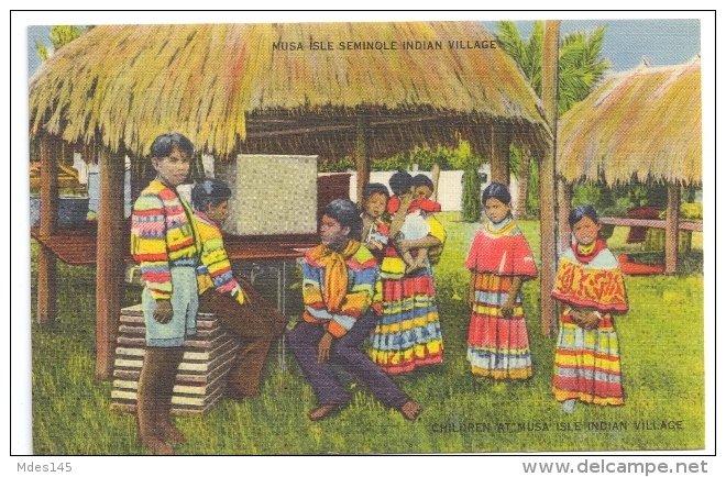 Musa Isle FL Seminole Indian Village Miami Florida FL Linen Postcard