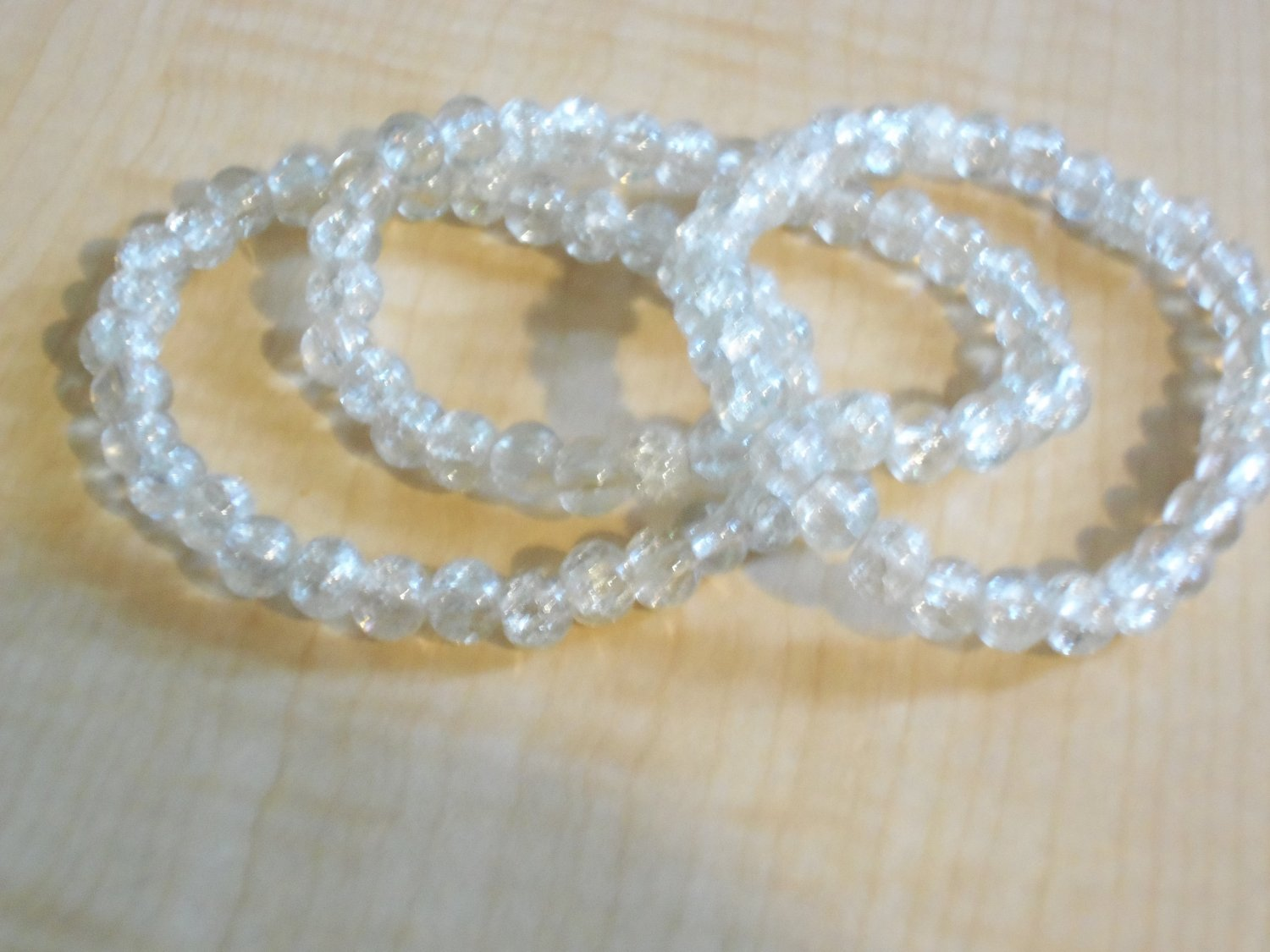 Clear Cracked Glass  Beade Bracelets