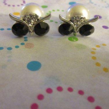 Owl Stud Earrings in Silver Tone