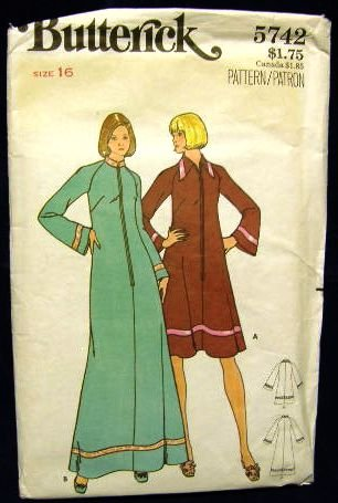 1970's Vintage Butterick Sewing Pattern 5742 Zip Front Long or Short Housecoat Robe Size 16 CUT