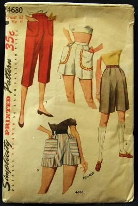 Vintage 1950's Simplicity Sewing Pattern 4680 Pedal Pushers and Shorts Waist 32 Hip 41 CUT