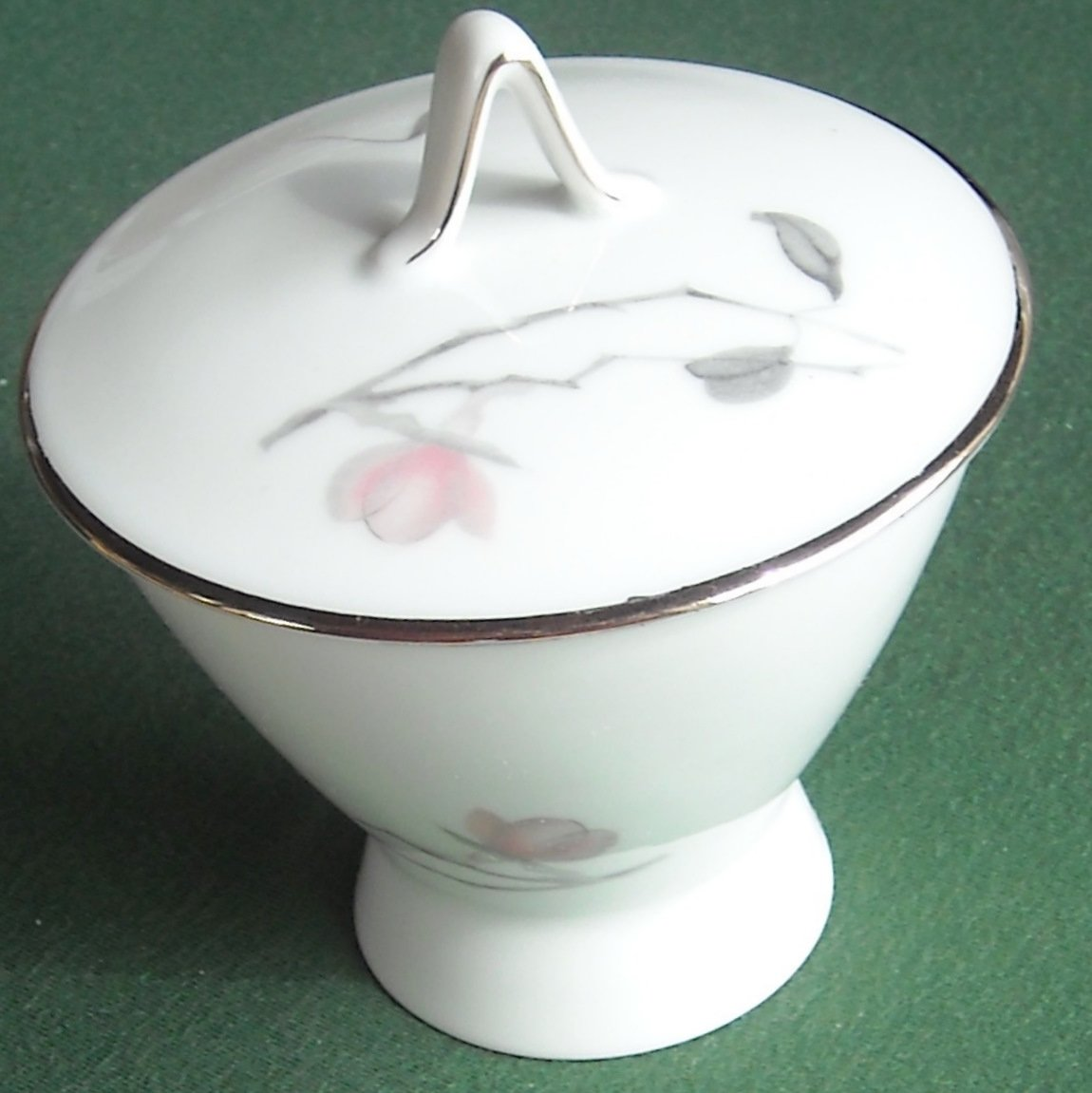 Rosenthal Germany China Pattern Japanese Quince 3725 Round Sugar Bowl With Lid