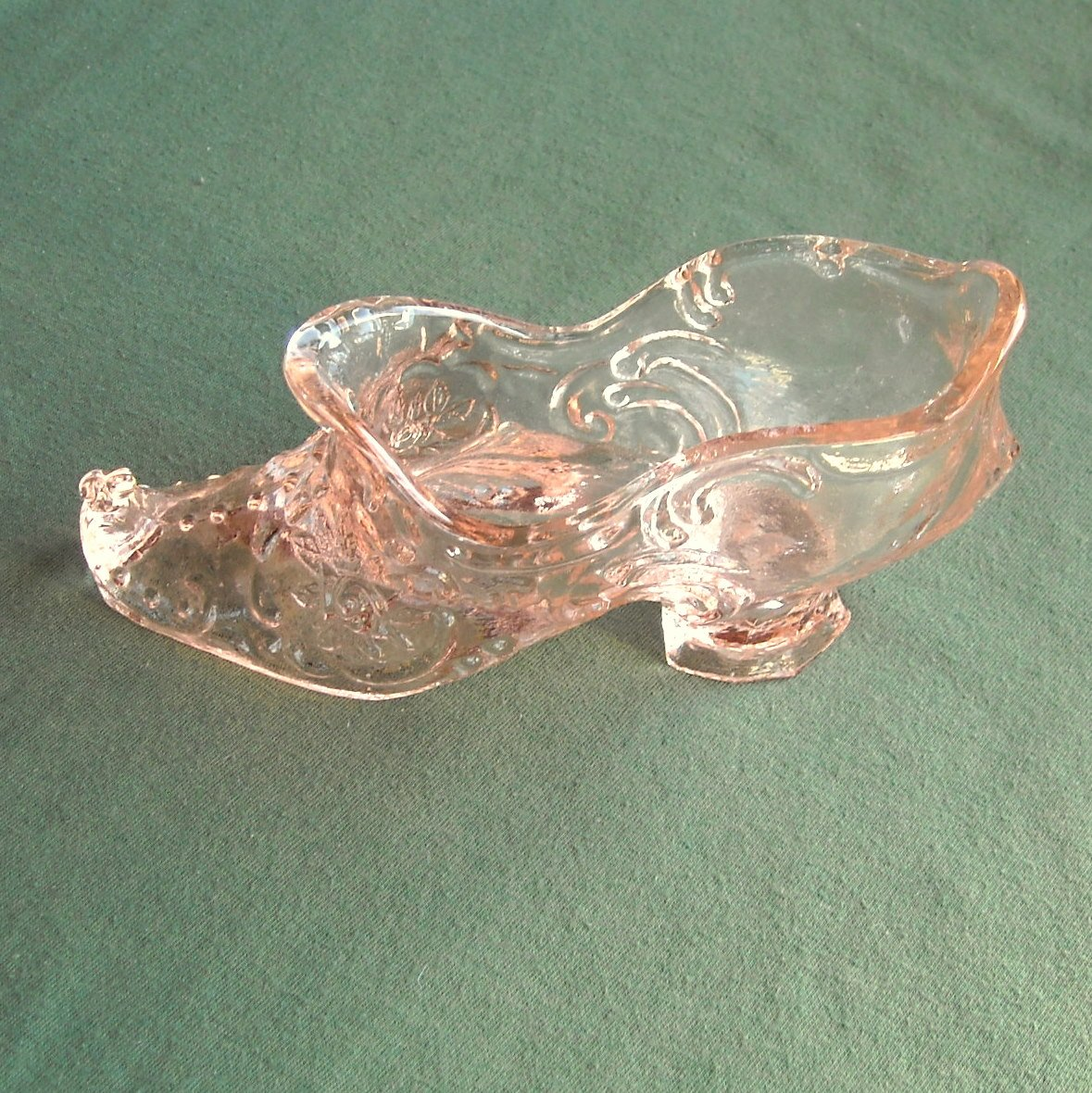 Mosser Rosa Glass Victorian Style Rose Shoe